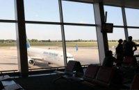 Boeing МАУ вынужденно вернулся в Борисполь из-за попадания птицы в двигатель