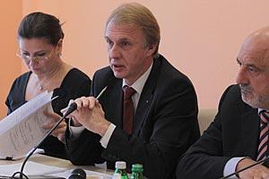 ЕС не подпишет договор о ЗСТ без политической части, - Огрызко