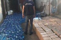 У Харківській області вилучили майже 10 тисяч літрів контрафактного алкоголю і 32 тисячі пачок сигарет