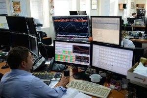На біржі ПФТС робитимуть ставки на курс гривні до долара