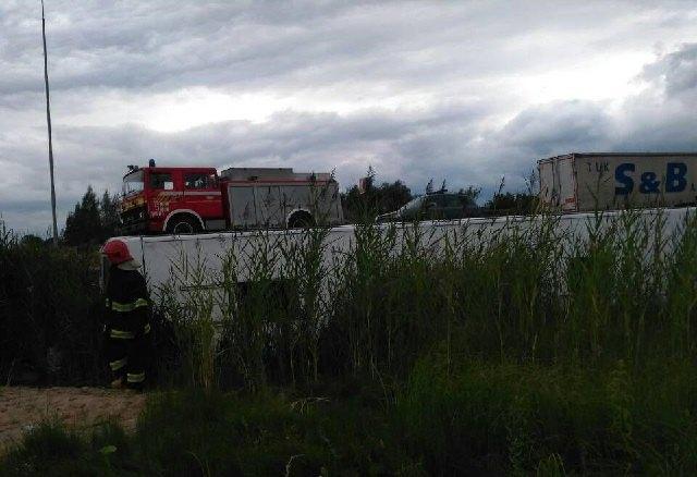 НаРивненщине автобус сполусотней пассажиров слетел вкювет, есть пострадавшие