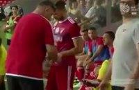 В матче чемпионата Венгрии игрок лишился места в стартовом составе из-за обручального кольца