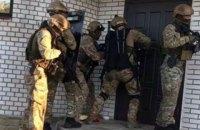 Поліція затримала озброєну банду за вчинення розбійного нападу на підприємця