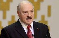 """Лукашенко закроет беларусам доступ к """"оголтелым"""" российским СМИ"""