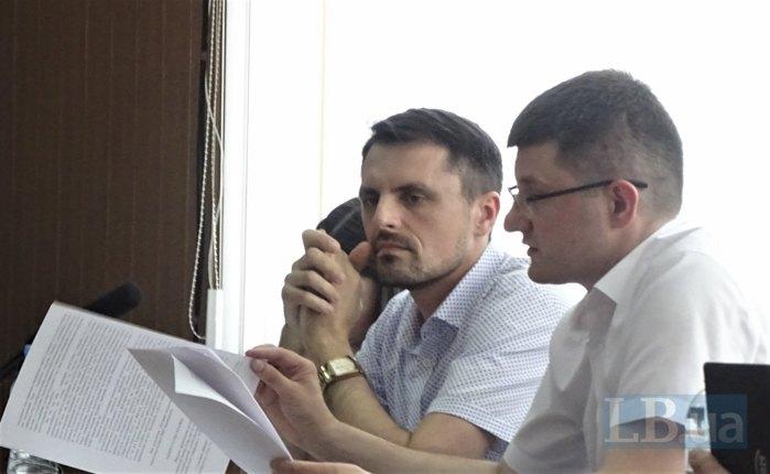 Прокурор САП Валентин Мусіяка (зліва)