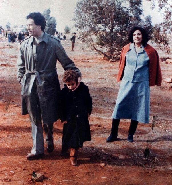 Полковник Каддафи со своей второй женой Сафией Фаркаш в 70-х годах