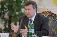 """Янукович уволит Ежеля, пока """"петух, как говорят, не прокукарекает"""""""