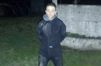 """Прикордонники затримали """"водолаза"""", який переправляв медичні маски по річці в Румунію"""