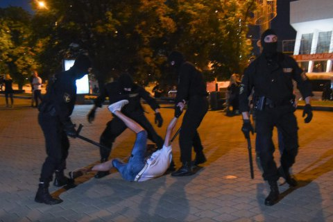 """Лукашенко заявив, що вибори пройшли """"як свято"""", і назвав протестувальників вівцями"""