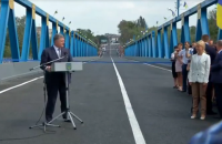 Порошенко пообещал в полтора раза больше денег на ремонт дорог в 2018 году