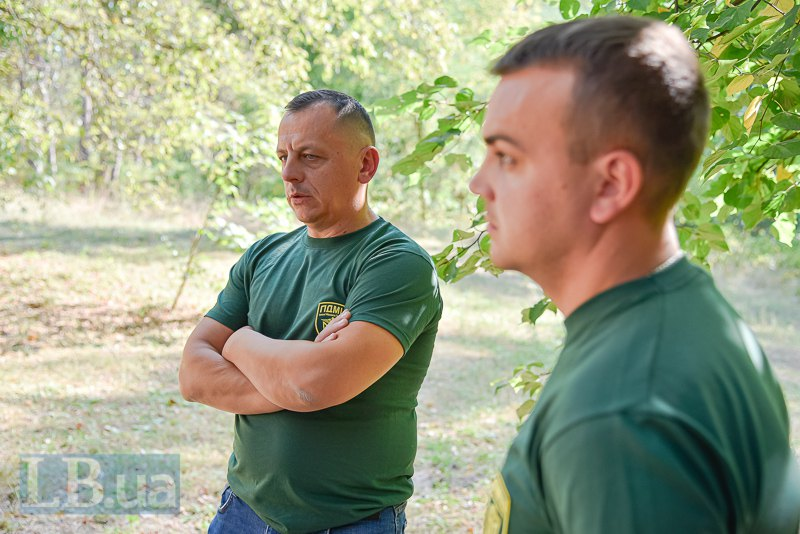 Андрій Сірак (зліва)