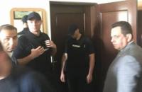 Три чиновника Луцкого горсовета и глава суда задержаны на взятке (обновлено)