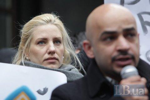 Украине важнее сохранить контроль внутри страны, чем поддержку Олланда и Меркель, - Залищук