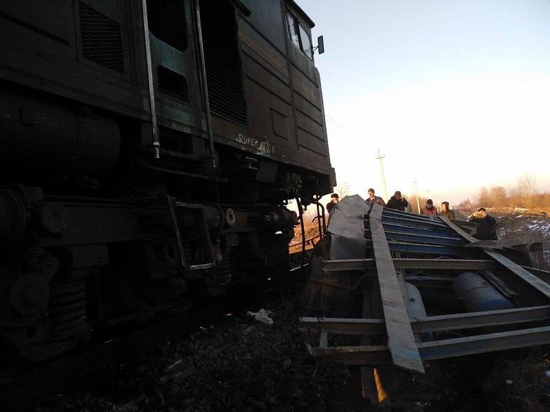 Сотрудник полиции попал под поезд 9 февраля