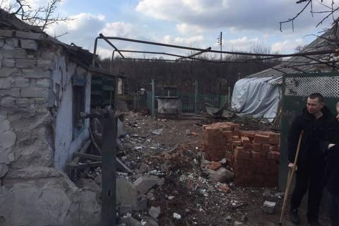 Несколько домов в Авдеевке попали под обстрел из танков