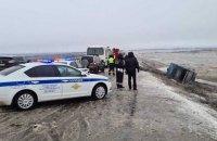 В России перевернулся автобус, который ехал в оккупированный Донецк, есть жертвы