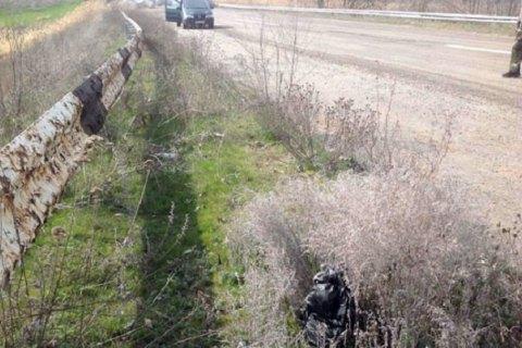 Поліція виявила вибухівку біля автомобільного моста в Донецькій області