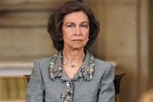 Испанская королева отказалась ехать в Лондон