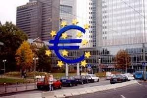 Еврокомиссия прогнозирует обвал ВВП в половине стран еврозоны