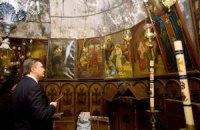Янукович встречает Рождество в женском монастыре