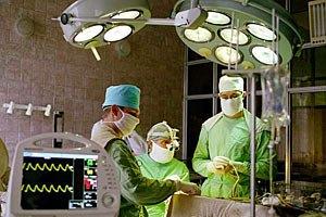 Впервые проведена операция по трансплантации искусственной трахеи
