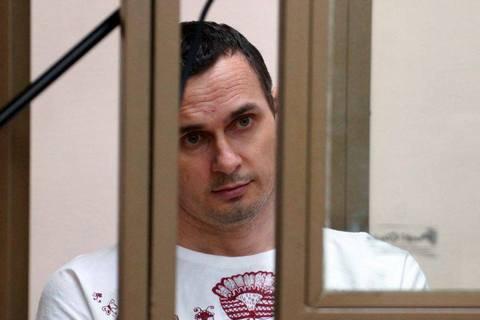 Порошенко: організаторів судилища над Сенцовим очікує лава підсудних