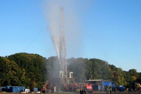 На скважине в Полтавской области борются с утечкой газа