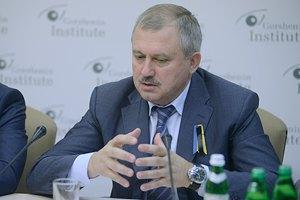 Сенченко виступив за проведення референдуму про вступ у НАТО після стабілізації ситуації на сході