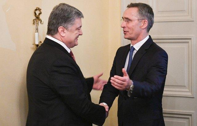 Президент Украины провел встречу с Генеральным секретарем НАТО