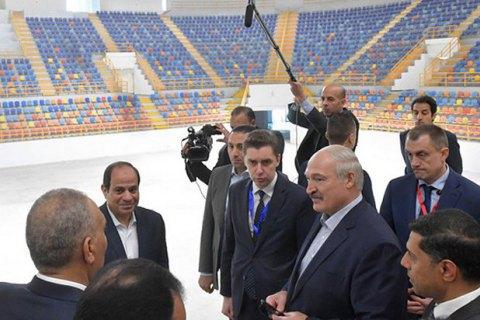 """Валентина Матвієнко """"підкорює"""" Африку, Лукашенко проводить експансію, Судан отримує уряд. Африка: головне за тиждень"""