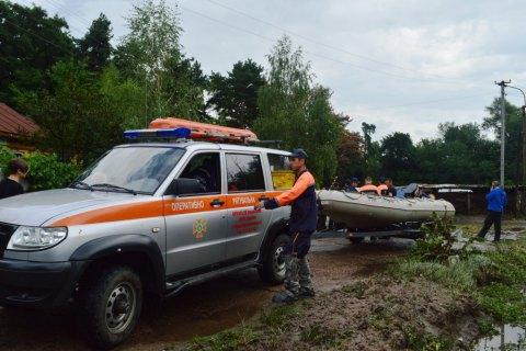 З підтоплених будинків у Чернігові відселили 50 осіб