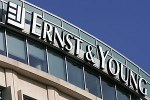 Ernst&Young вірить у прискорення економіки України