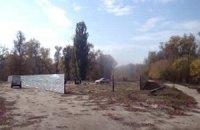 В Полтавской области на пляже строят АЗС