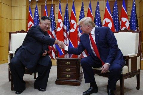 Ким Чен Ын пригласил Трампа посетить Северную Корею