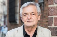 Посол Польши Ян Пекло дал брифинг в обстрелянном генконсульстве в Луцке