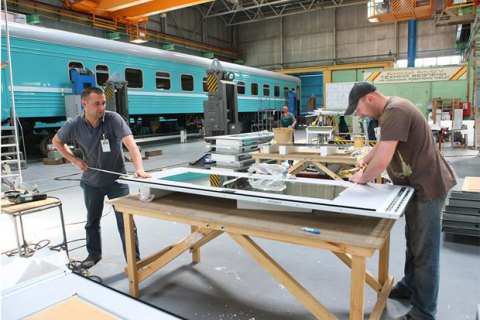 УЗ обвинила Крюковский завод в завышении цен на вагоны