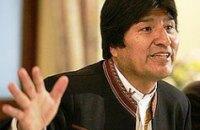 Президент Болівії став професійним футболістом