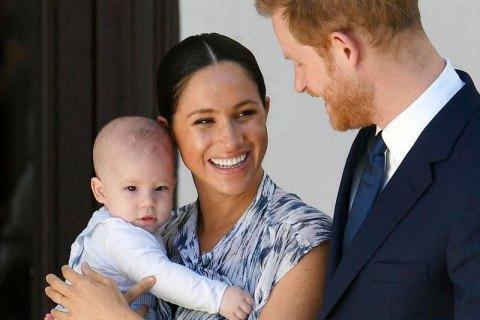 Принц Гарри и его супруга Меган лишатся королевских титулов