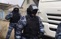 Российские силовики провели обыск в доме крымского татарина