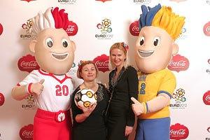 """На Евро-2012 будет настоящее """"футбольное сумасшествие"""" от официального партнера  чемпионата"""