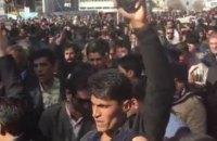 В Иране вспыхнули массовые протесты против повышения цен, полиция применила силу (обновлено)