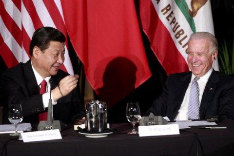 Глава КНР привітав Байдена з перемогою на виборах