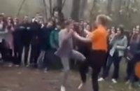 Полиция открыла дело по факту жестокой драки двух школьниц из Каховки