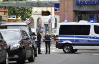 У Німеччині чоловік напав на перехожих з ножем, є загиблі і поранені
