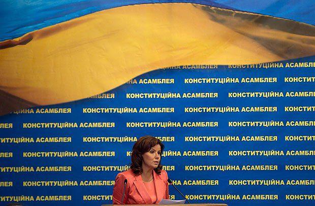 Ставнийчук не теряет надежды привлечь к работе над Конституцией представителей оппозиции