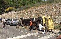 В Турции перевернулся автобус с туристами, погибли 20 человек (обновлено)