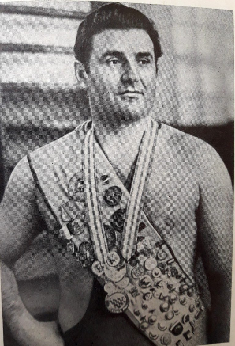 Перший українець важковаговик - чемпіон Олімпійських ігор у Римі 1960