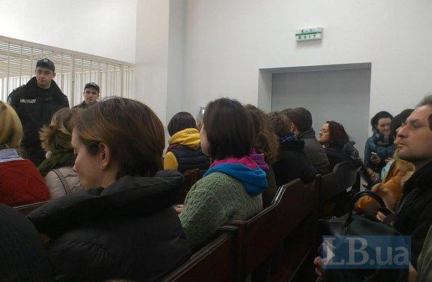 В зале Апелляционного суду Киева перед началом заседания по делу Дмитрия Москальца