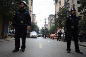 Пекинская полиция запретила носить костюмы для Хэллоуина в метро