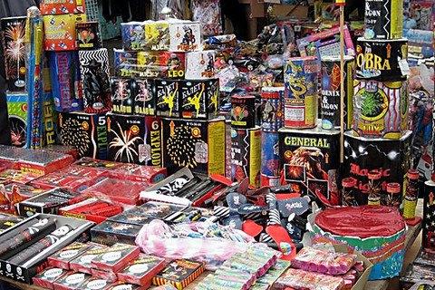 Министерство внутренних дел пояснил, почему не реагирует на нарушение запрета запускать фейерверки